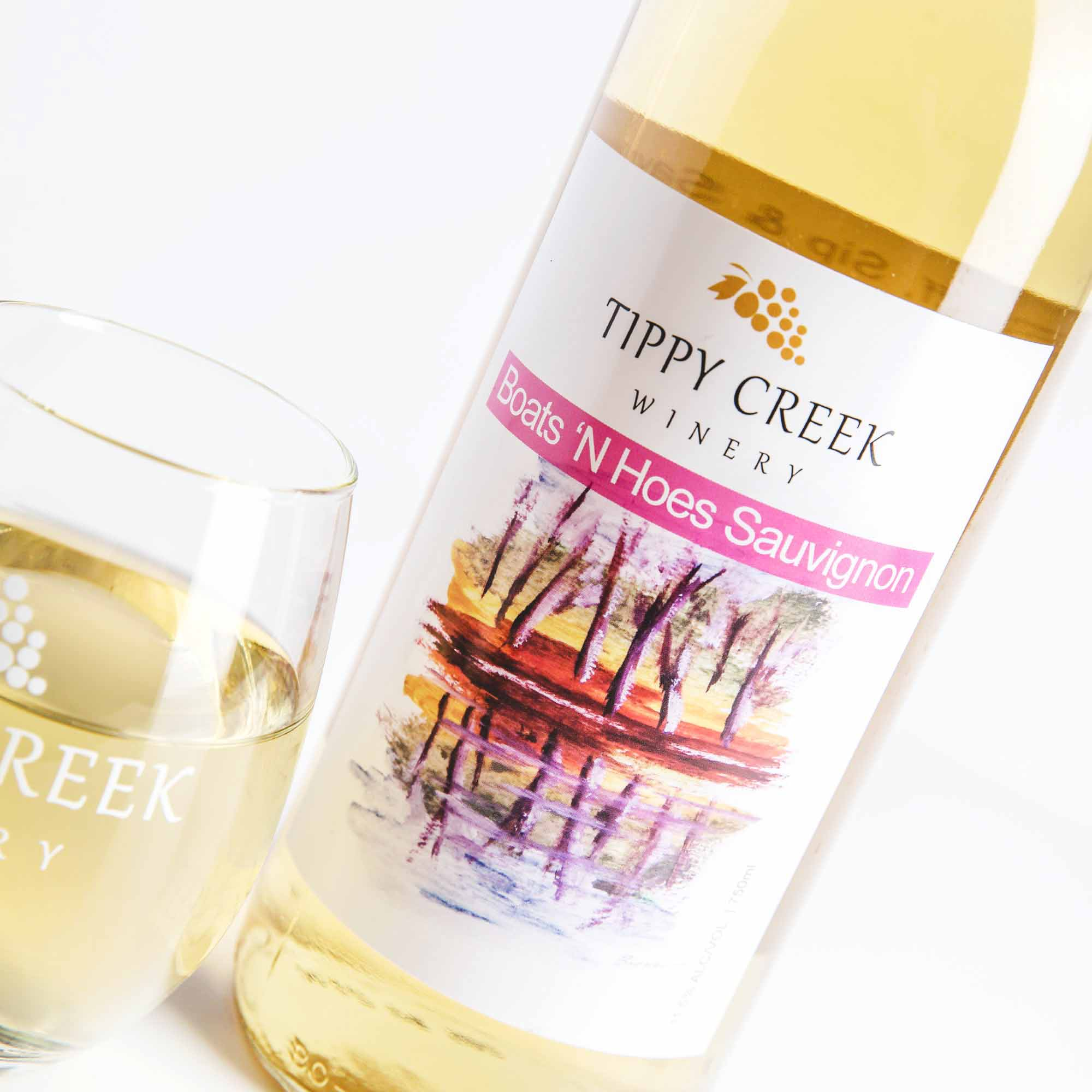 Boats 'N Hoes Sauvignon. White Wine by Tippy Creek Winery.