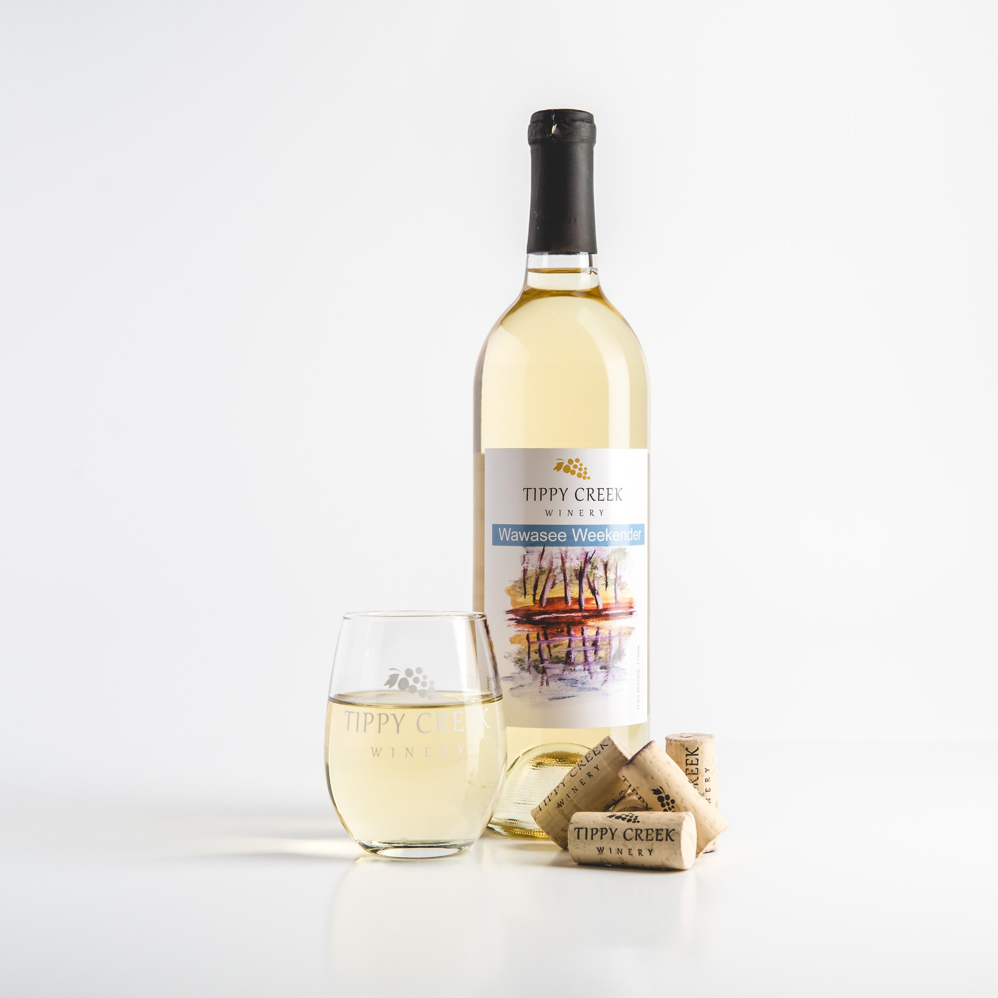 Wawasee Weekender White Wine by Tippy Creek Winery